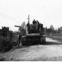 Бронетехника СССР: танки КВ 2