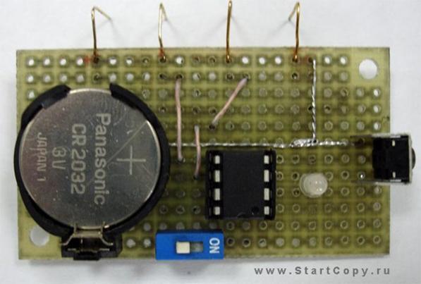 Схема программатора для обнуления чипов картриджей Samsung SCX-4200.