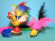 Птицы из перьев и пластилина