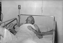 http://upload.wikimedia.org/wikipedia/commons/thumb/3/38/Rabies_patient.jpg/220px-Rabies_patient.jpg